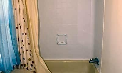 Bathroom, 83 Fairview Trail, 2