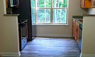 Kitchen, 3900 Cloverlane Dr, 2