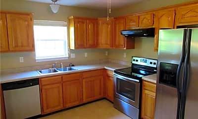Kitchen, 8 Nathan St, 1