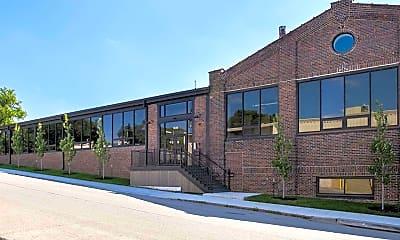 Building, 1039 S 21st St A, 0