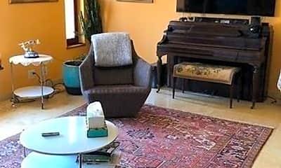 Living Room, 142-10 Cronston Ave, 0