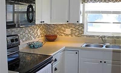 Kitchen, 43 Woodland Dr 207, 1