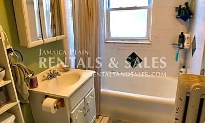 Bathroom, 16 Lourdes Ave, 2