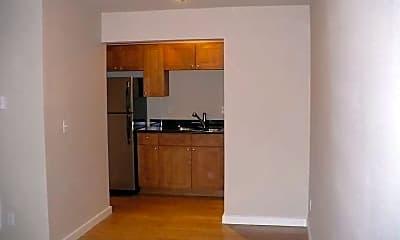 Kitchen, Pointe at Lake Steilacoom, 2