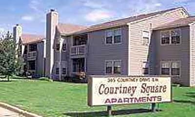 Courtney Square, 0