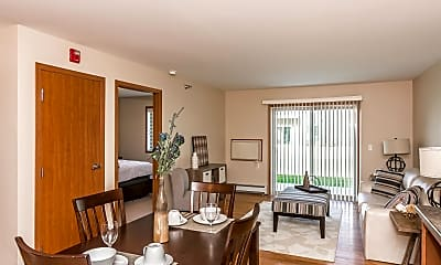 Dining Room, Sterling Pointe Apartments, 1