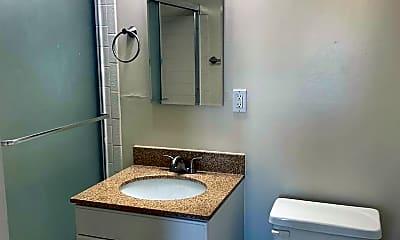 Bathroom, 65 Hemlock Ave, 2