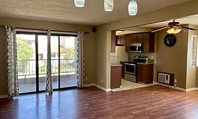 Living Room, 7380 Park Ridge Blvd, 1