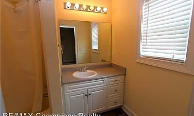 Bathroom, 807 W Longleaf Dr, 2