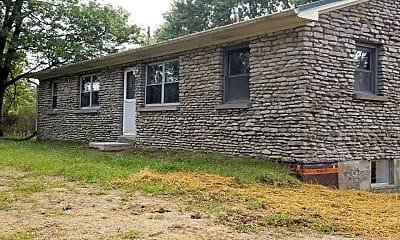 Building, 831 Ecton Rd, 1
