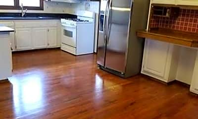 Kitchen, 46073 Bartlett Dr, 2