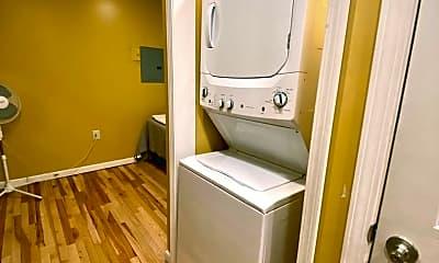 Bathroom, 1630 H St, 2