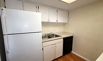Kitchen, 7628 Forest City Rd, 1