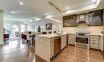 Kitchen, 618 Madison St 3, 1