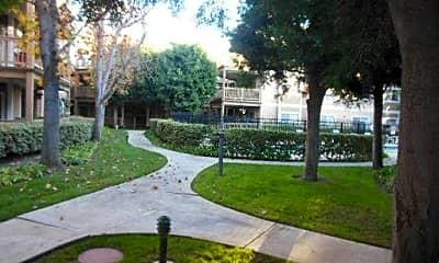 Building, 10371 Garden Grove Blvd, 1