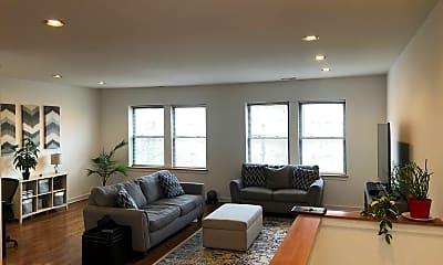 Living Room, 3824 N Ashland Ave, 1