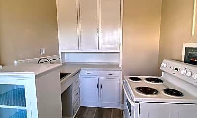 Kitchen, 3201 Beaumont Ave, 2