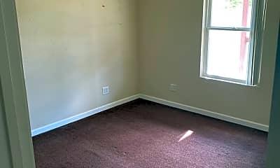 Bedroom, 321 E Mill St, 1