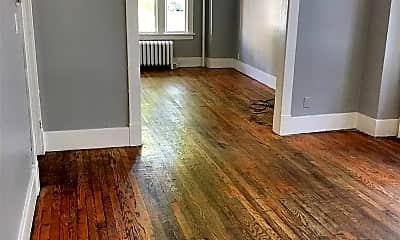 Living Room, 234 Morris St, 1