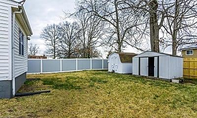 Patio / Deck, 1019 Carrington Ave, 2