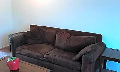 Living Room, 2132 Roosevelt Ave, 1