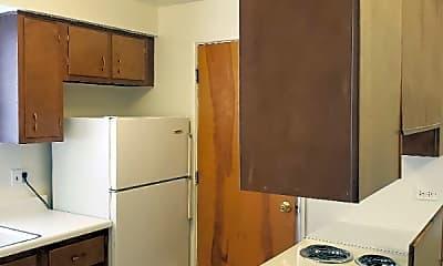 Bathroom, 3182 W 115th St, 1