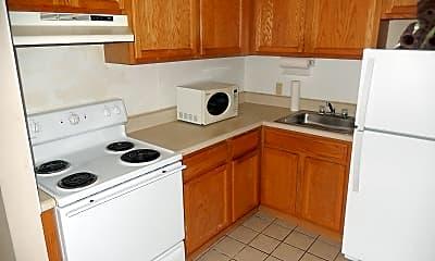 Kitchen, 2307 N Harrison St 19, 0