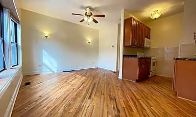 Living Room, 934 W Windsor Ave Apt 1F, 1