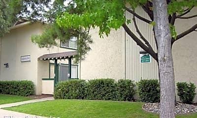 Building, 15295 La Alameda Dr, 1