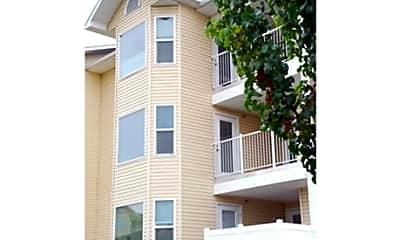 Berkshire Apartments, 1