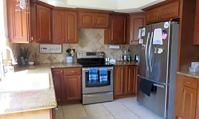 Kitchen, 218 Pegasus Ave, 1
