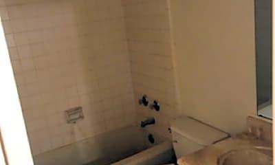 Bathroom, 1907 Holmes St, 2