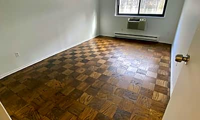 Living Room, 243 W Post Rd B, 2