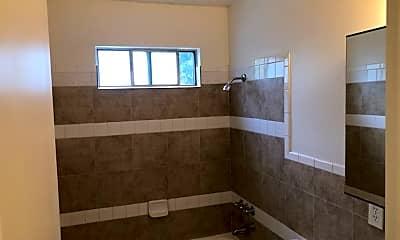 Bathroom, 630 Maple St, 2
