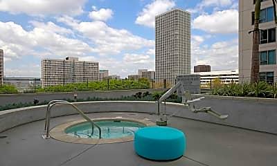 Pool, 255 Grand, 2