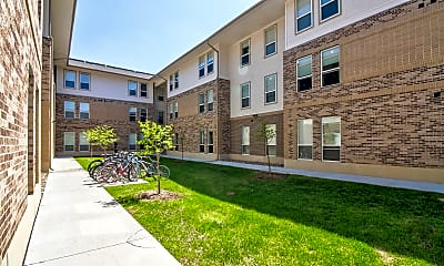 Building, Aspen Heights Ames, 1