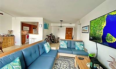 Living Room, 430 Golden Isles Dr, 1