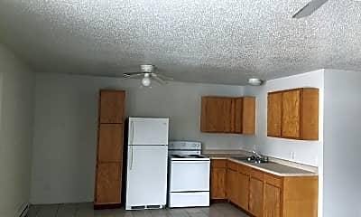 Kitchen, 1702 W 4th St N, 1