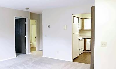Pebble Creek Apartments, 1