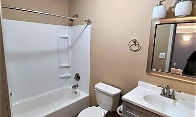 Bathroom, West Church Street, 2