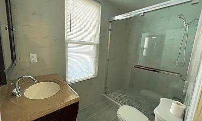 Bathroom, 1816 W 13th St, 1