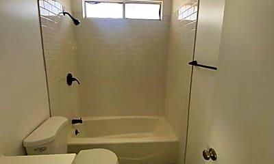 Bathroom, 810 Nancy St, 1