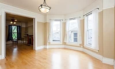 Living Room, 929 W Fletcher St, 1
