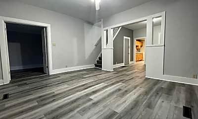 Living Room, 926 Randolph St, 1