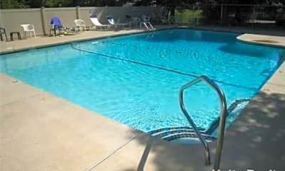 Pool, 49 Melrose St, 2