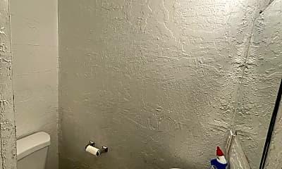 Bathroom, 1412 N Post St, 1