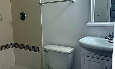 Bathroom, 7165 NW 186th St, 2