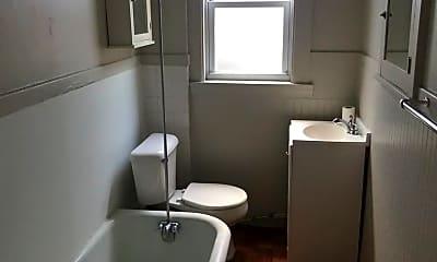 Bathroom, 1531 Dormont Ave, 2
