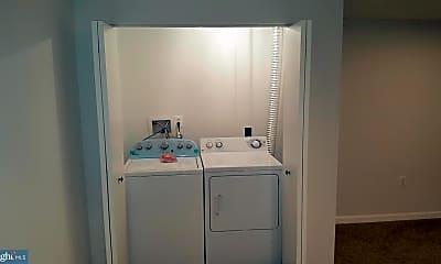 Bathroom, 269 Jay Jay Ct, 2