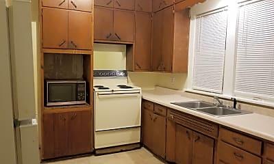 Kitchen, 720 W 9th St, 1